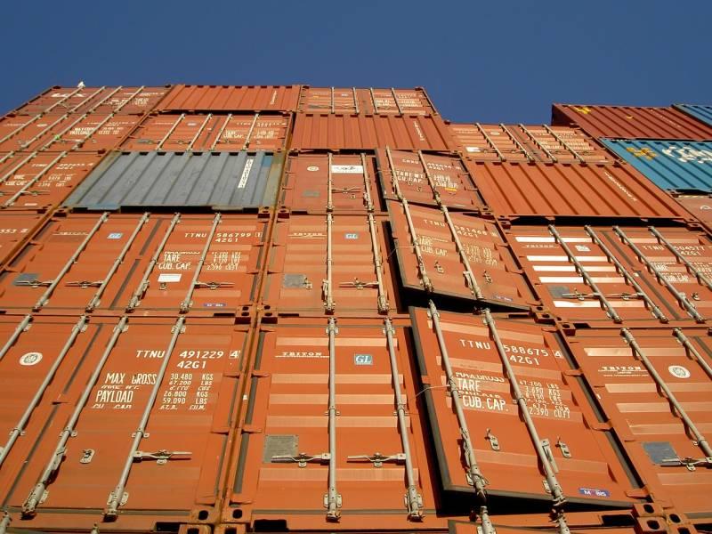 Vente et location de containers de stockage tcsi for Prix d un container maritime